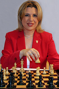 In addition to being an award-winning chess journalist, the Hungarian-American Grandmaster is founder of the Susan Polgar Foundation.