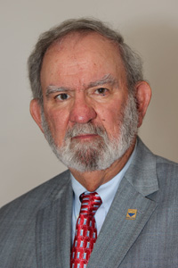 William Breazeale, who has been active with the American Chemical Society for more than 40 years, will conduct the seminars.
