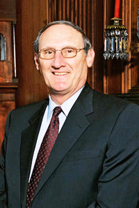 Suter, the 19th clerk of the Supreme Court, has held the position since 1991.