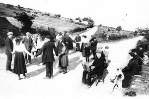 This photo is an example of people dancing in the crossroads in 1891.