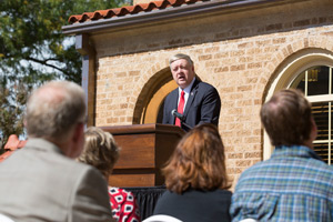 President Nellis spoke of the building's historic significance at the Cottage dedication.