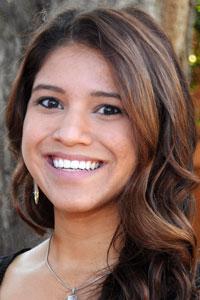 Kelli Alvarado