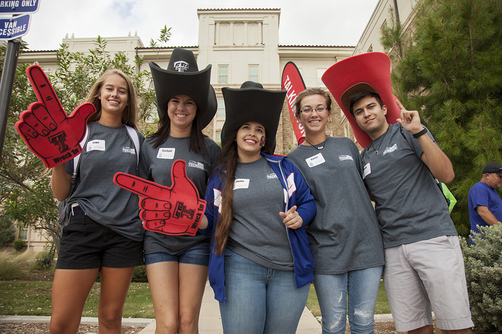 howdy techsans welcome students moving in 2016