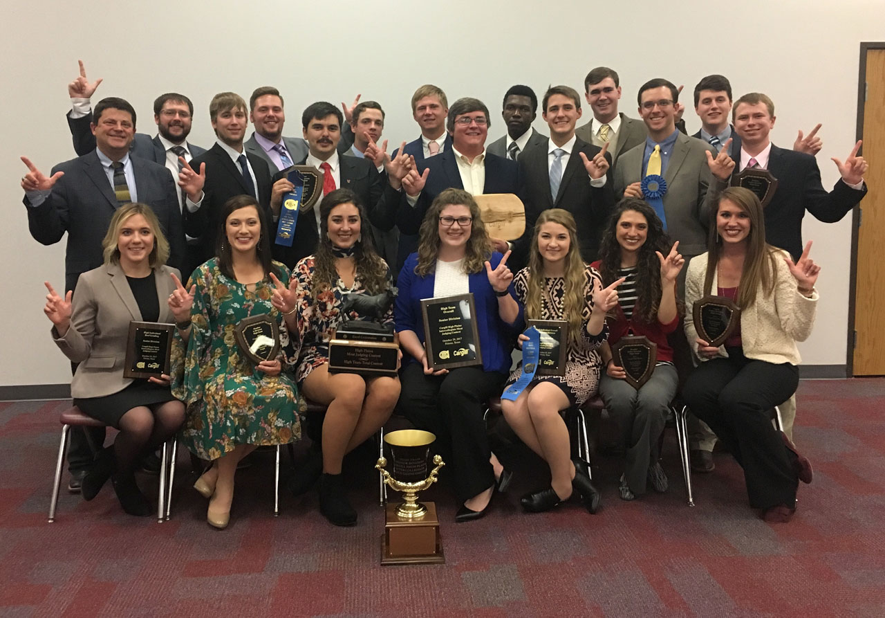 Meat Livestock Judging Teams Sweep Competitions As