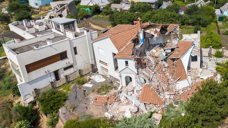 House damaged by earthquake